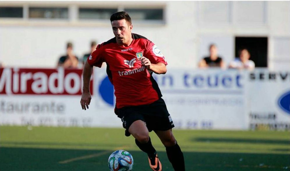 Foto: Adrian Florin Bojan, durante un partido con el Formentera (FOTOS: www.facebook.com)