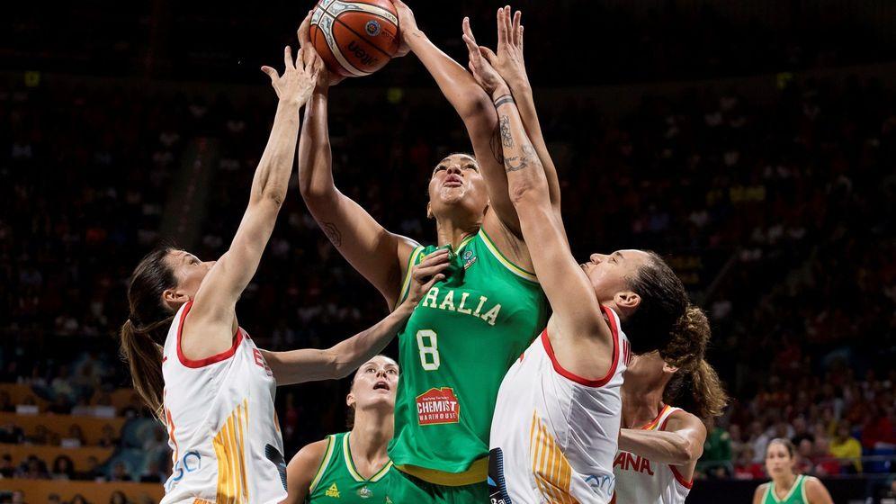 Foto: Liz Cambage estuvo a un nivel inalcanzable para las jugadoras españolas. (EFE)