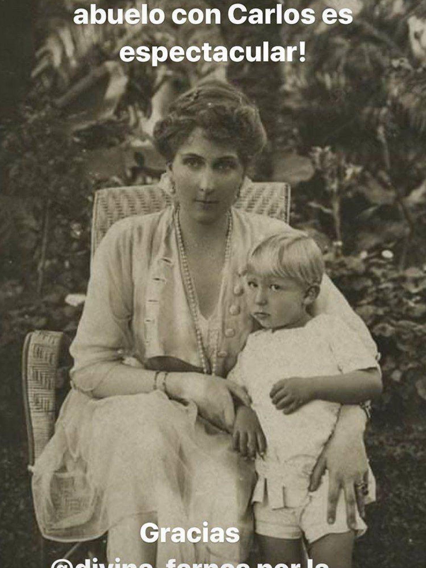 Imagen de la reina Victoria Eugenia con Juan de Borbón, compartida por María Zurita. (@mariazuritaborbon)