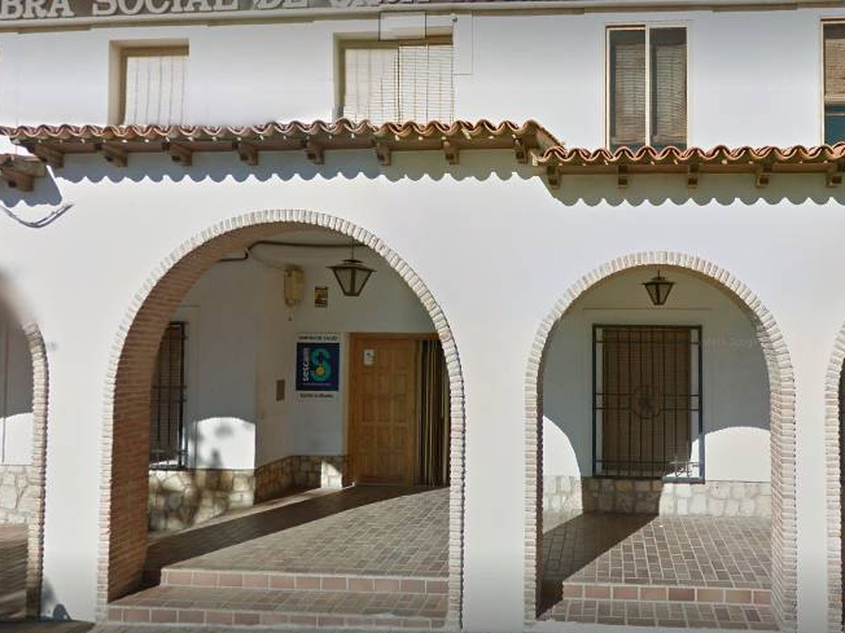 Foto: El centro de Salud de Mota del Cuervo, en Cuenca (CMMedia)