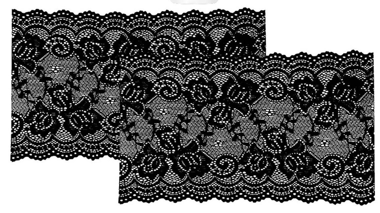 Bandelettes con diseño de encaje.