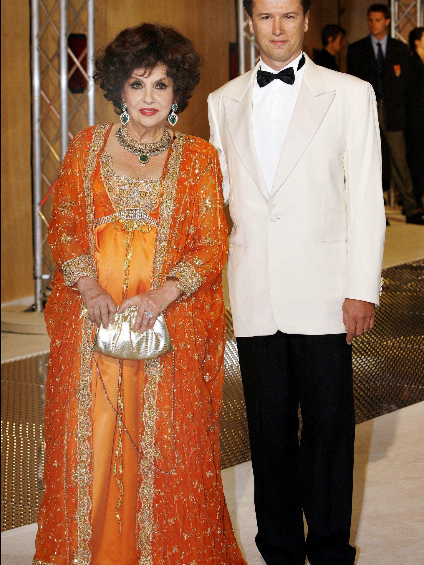 Javier Rigau y Gina Lollobrigida en una imagen de archivo. (Gtres)