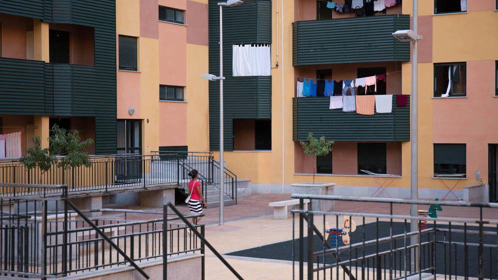 Foto: ¿Cómo afrontar el coronavirus con tus vecinos? Especial cuidado en las urbanizaciones. (D. B.)