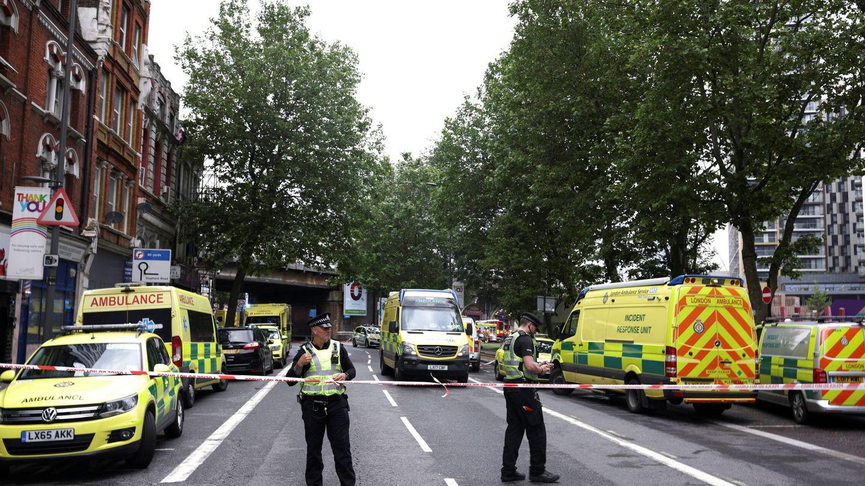 Declarado un gran incendio cerca de la estación Elephant and Castle de Londres. (Reuters)