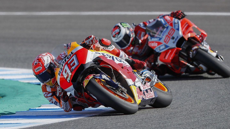 Marc Márquez y Jorge Lorenzo saldrán desde la segunda línea de la parrilla en Jerez. (EFE)