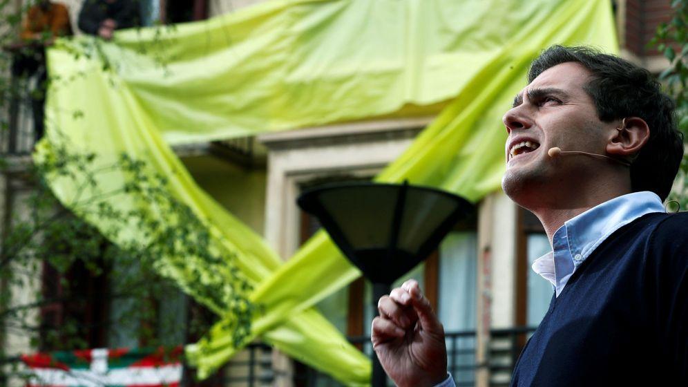 Foto: Albert Rivera durante el acto del domingo en Rentería. (EFE)