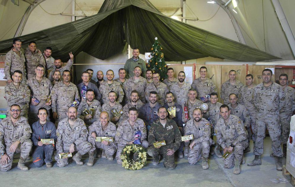 Foto: Militares del contingente español desplegado en Besmayah (Irak) durante la Navidad.