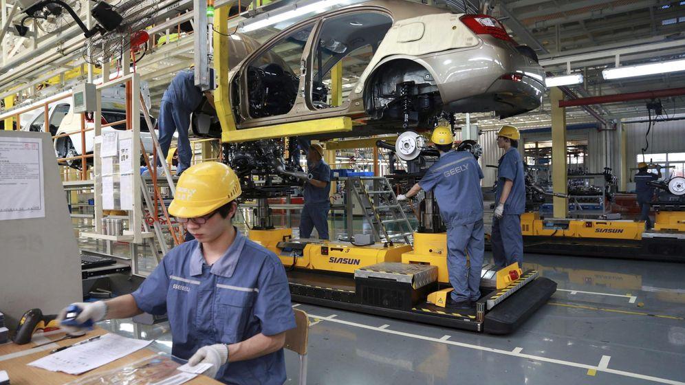 Foto: Fábrica de coches en China (Efe)