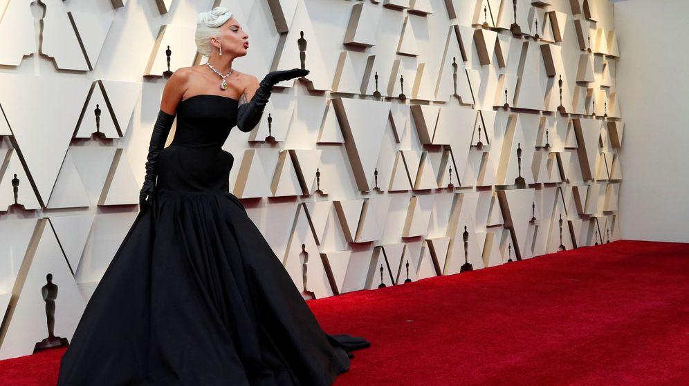 Foto: Una espectacular Lady Gaga en la red carpet de los Premios Oscar. (Reuters)