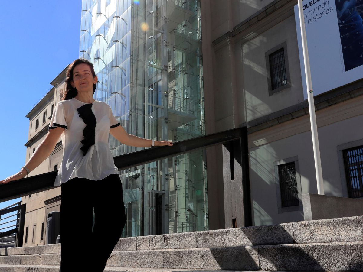 Foto: Sinde, frente al Museo Reina Sofía en julio de 2020. (EFE)