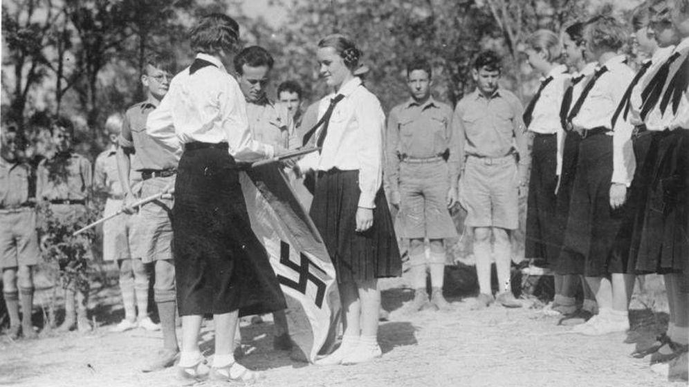 Foto: La Liga de Muchachas y las Juventudes Hitlerianas, unidas por la misma causa. (Archivo Bild)