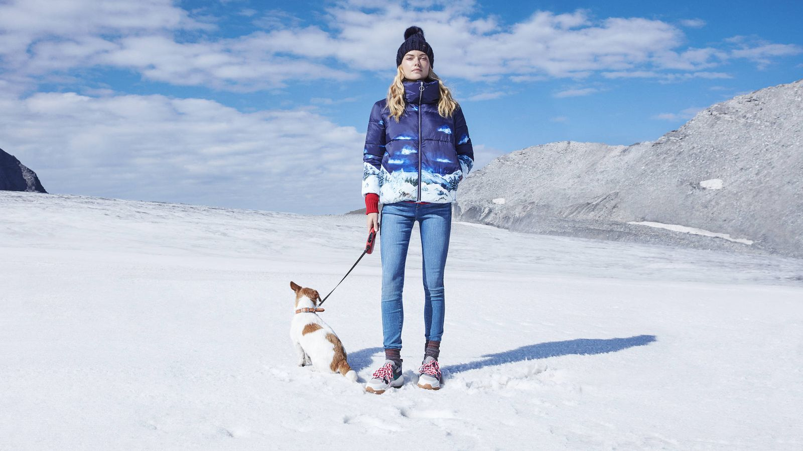 Foto: ¿Tienes previsto ir a esquiar? Toma nota de estos ocho básicos para proteger tu piel contra el frío. (Imagen: Cortesía Esprit)