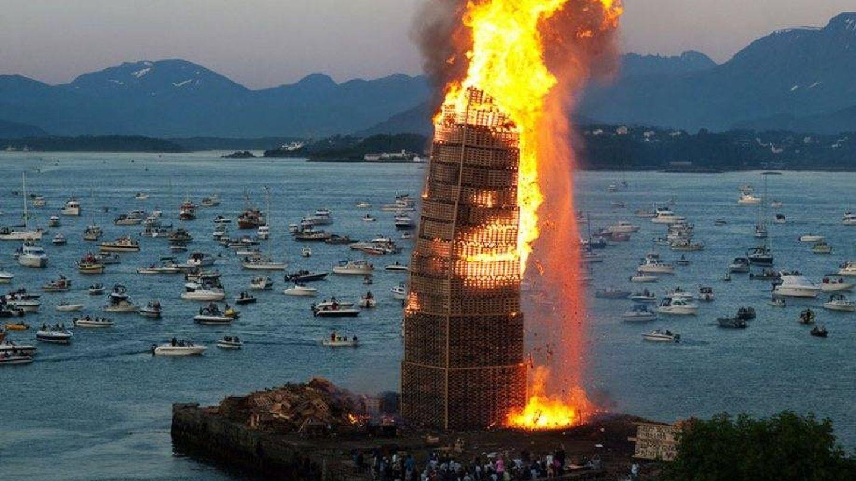 La hoguera más alta del mundo la hacen en Noruega. (Foto: Turismo de Noruega)