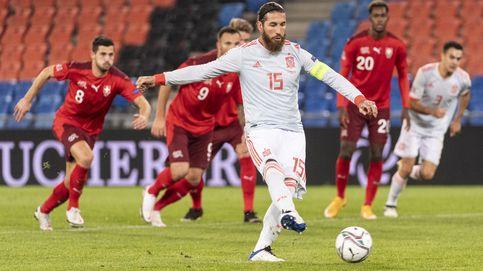 España empata ante una Suiza con diez la noche que Ramos falló dos penaltis (1-1)