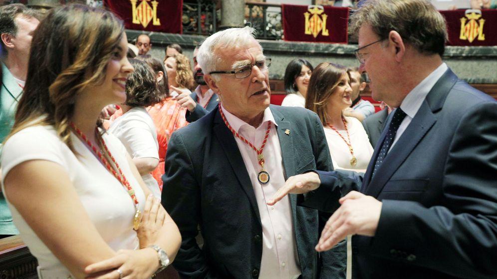 Foto: Joan Ribó, junto a Ximo Puig y Sandra Gómez. (EFE)