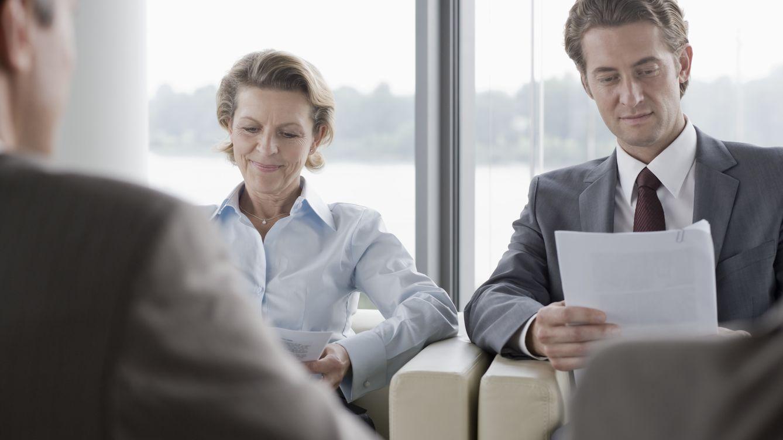 Foto: En las entrevistas de trabajo se evalúa cada detalle del candidato. (C. Devan/Corbis)