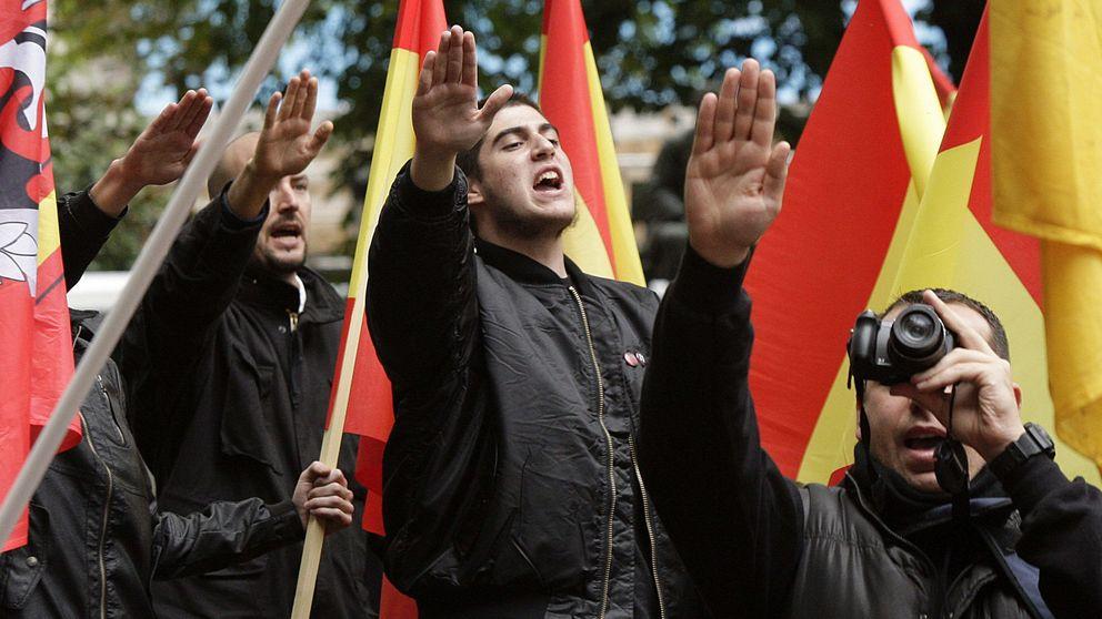 Los 'ultras' no llenan ni un autobús para ir a Barcelona contra la secesión