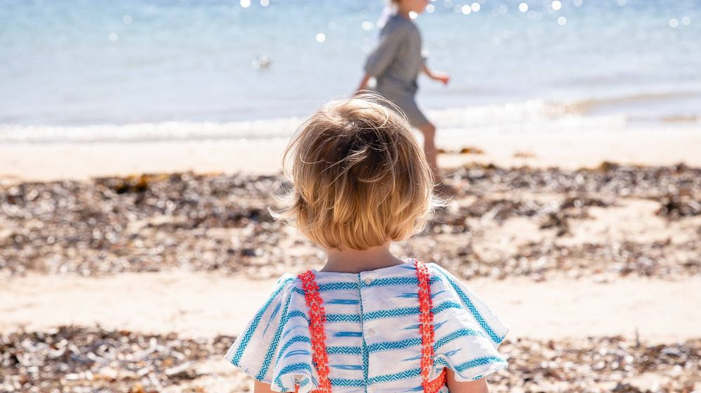 Foto: Bebé en la playa. (Unsplash)
