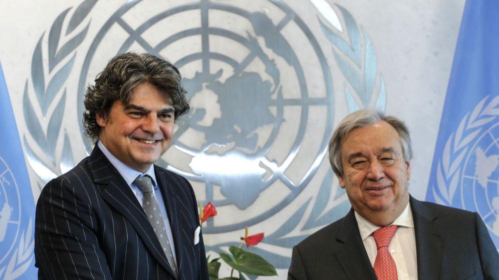 Foto: Jorge Moragas posa junto al secretario general de la ONU, António Guterres, tras presentar sus credenciales. (EFE)