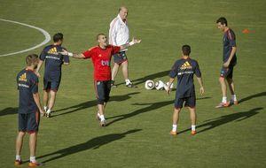 Del Bosque: Víctor Valdés tiene influencias muy fuertes