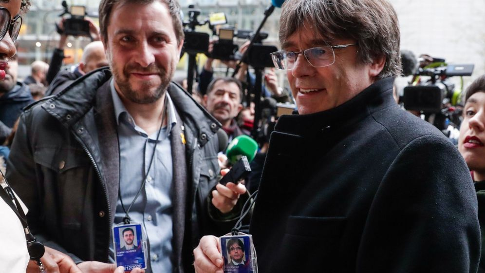 Foto: Carles Puigdemont y Toni Comin en Bruselas. (EFE)