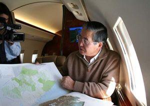 Detenido el ex presidente Fujimori tras su llegada a Chile