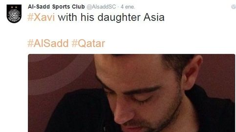 Twitter- Xavi Hernández presenta a su hija Asia