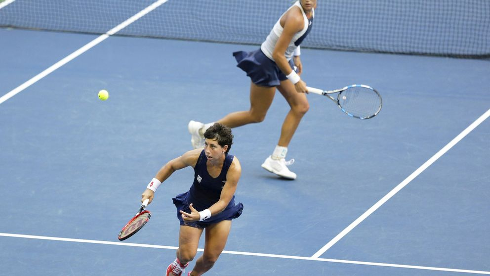 Muguruza y Suárez pierden en su debut en dobles en el Masters de Singapur