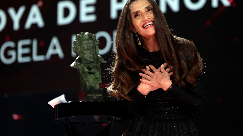 Ángela Molina recibe el Goya de Honor. (EFE)