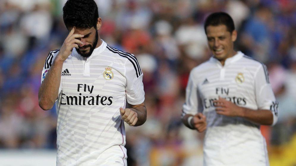 Foto: Isco y Chicharito, durante un partido de esta temporada (Reuters)