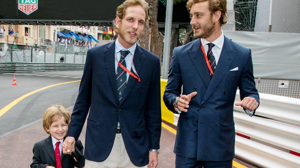 Foto: Andrea y Pierre Casiraghi en el GP de Mónaco de Fórmula Uno. (Getty)