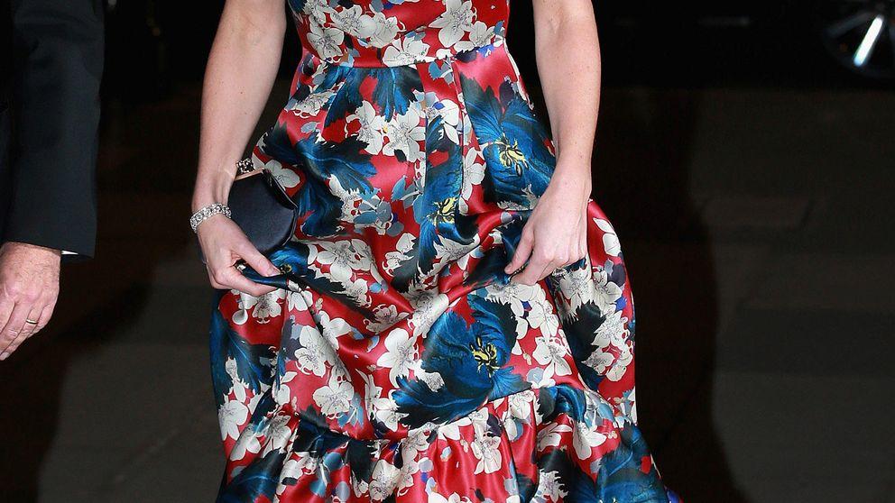 Kate Middleton se viste con unas 'cortinas' de 3.500 euros