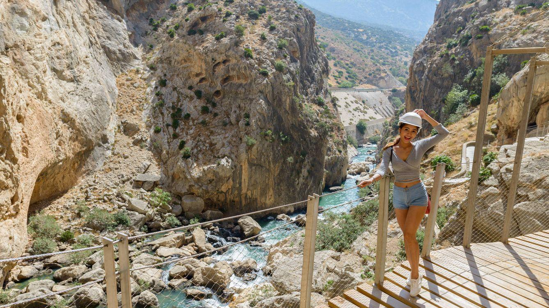 Más allá del Caminito del Rey: las 7 pasarelas más impresionantes de España