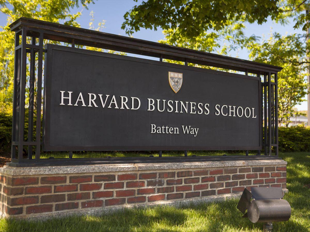 Estos Son Los 59 Cursos De Harvard Que Puedes Hacer Gratis Desde Casa