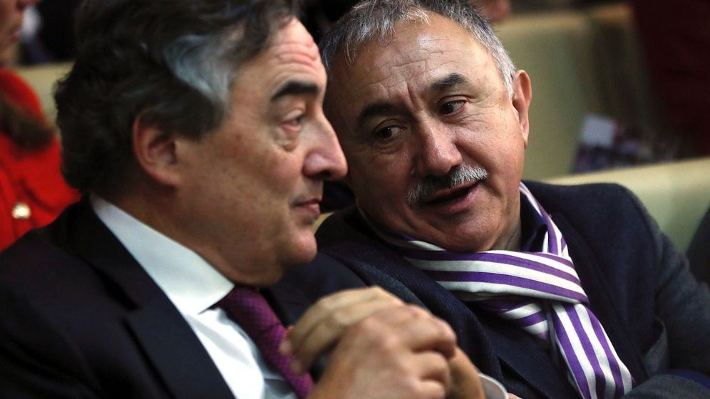 Foto: El secretario general de UGT, Pepe Álvarez (d), y el presidente de la CEOE, Juan Rosell (i). (EFE)