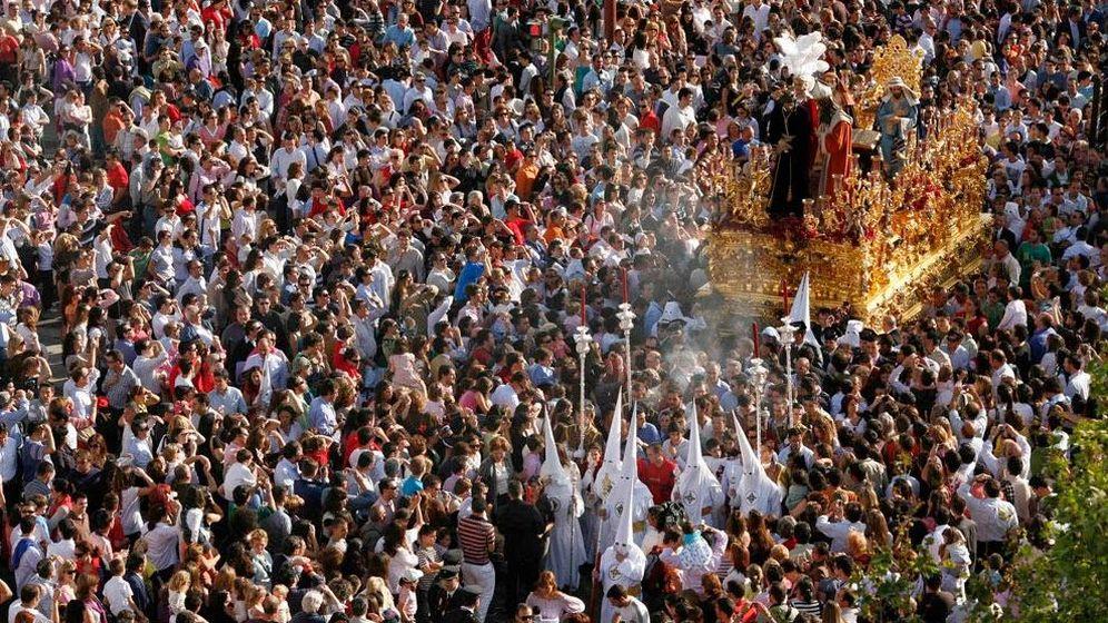 Foto: Paso del misterio de San Gonzalo en Sevilla