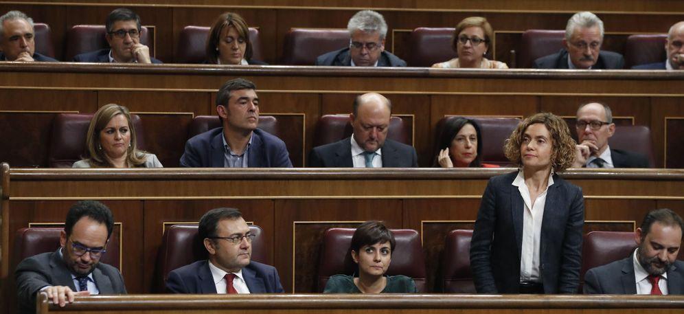 Foto: Meritxell Batet, votando no a Mariano Rajoy el pasado 29 de octubre, en el pleno de investidura. (EFE)
