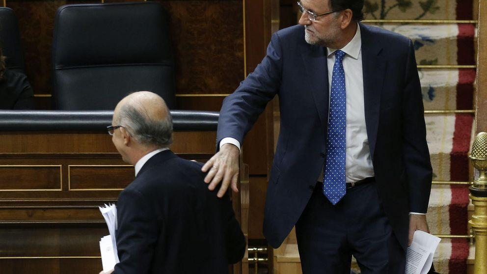Los bajos tipos y el déficit desbocado explican el récord de deuda de España