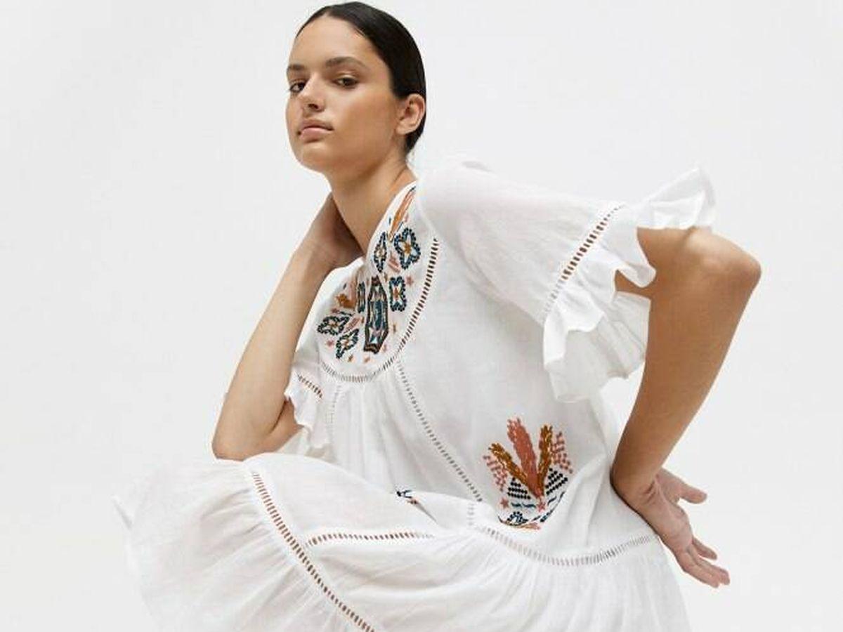Foto: Vestido blanco de Sfera. (Cortesía)