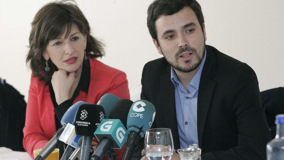 Foto: Alberto Garzón y Yolanda Díaz, en rueda de prensa en Ferrol (A Coruña) el pasado 9 de febrero. (EFE)
