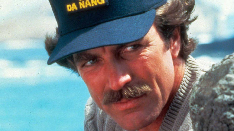 Tom Selleck en una imagen correspondiente a la producción 'Magnum P.I'.