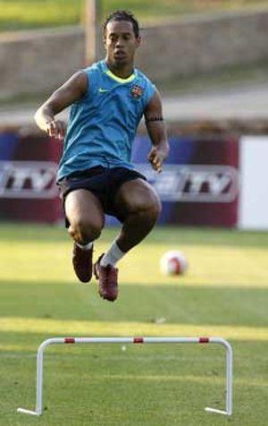 Ronaldinho vuelve a una convocatoria después de tres partidos ausente