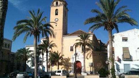 Detenido en Almería por matar al perro de su vecino de una patada en la cabeza