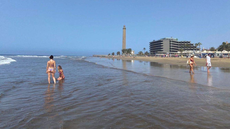 Foto: La playa de Maspalomas, en Canarias, este lunes. (EFE)