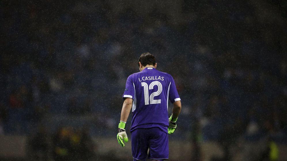 Foto: Casillas probablemente no siga en el Oporto (Reuters/Rafael Marchante).