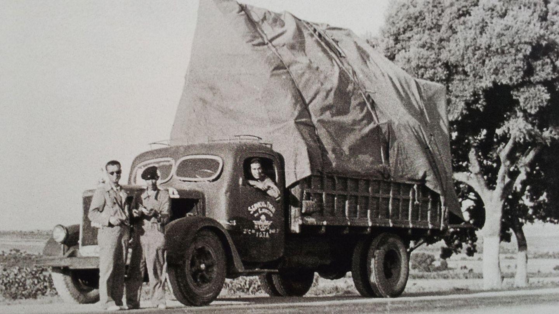 Uno de los camiones que transportaron obra a Valencia y Barcelona.