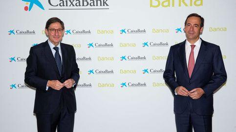 Más fusiones bancarias tras CaixaBank y Bankia: el Gobierno lo ve muy probable