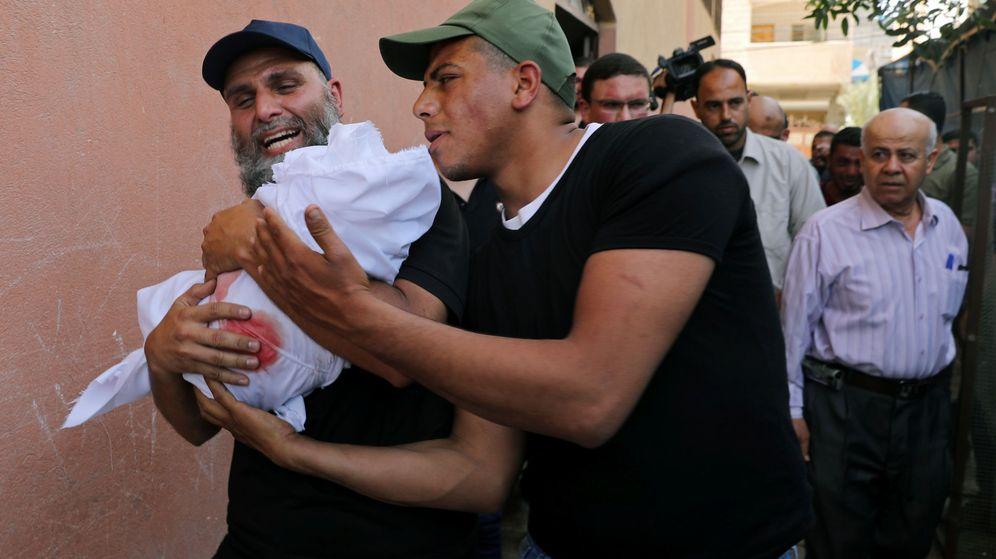 Foto: Uno de los fallecidos ha sido un bebé de cuatro meses. (Reuters)