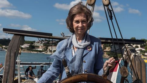 Entre traiciones y escándalos..., el impactante titular de 'Point de Vue' sobre la reina Sofía