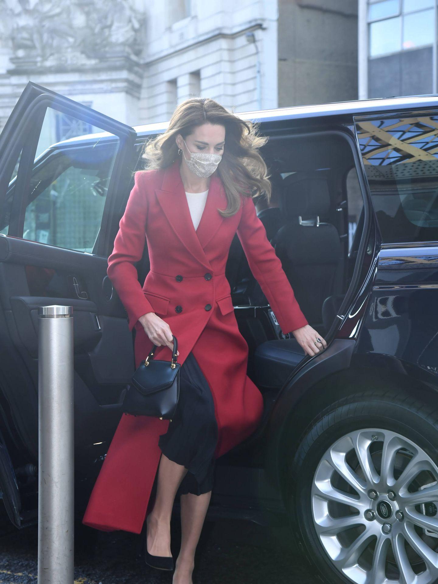 Kate Middleton y su último abrigo. (Getty)